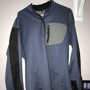 Mountain hardware half zip pullover